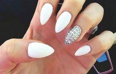 Formas de cortar las uñas, forma uñas con punta. #manicuras #3dnailart #uñasdeboda