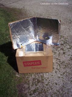 Part one of my blog series on building and using a solar oven. It's a fun science project so far, and if the end result is cinnamon rolls, I'm game!