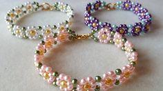 Seed bead jewelry daisy bracelet ~ Seed Bead Tutorials Discovred by : Linda Linebaugh Daisy Bracelet, Seed Bead Bracelets, Pearl Bracelets, Jewelry Bracelets, Beaded Bracelets Tutorial, Beaded Bracelet Patterns, Beads Tutorial, Bead Jewellery, Seed Bead Jewelry