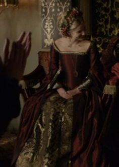 Jane Seymour, Christmas Dress.