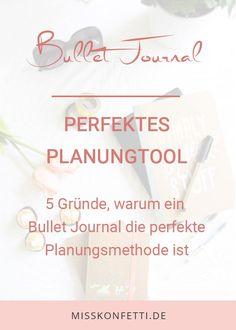 Erfahre die unglaublichen Vorteile eines Bullet Journals und warum wirklich jeder eins haben sollte Bullet Journal Layout, Bullet Journal Inspiration, Bujo, Stress, Home Management Binder, Organized Mom, Motivation, Place Card Holders, Templates