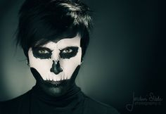 Best representation descriptions: Halloween Skull Face Makeup Ideas for Man Related searches: Easy Skeleton Makeup,Half Skeleton Makeup,Ske. Skull Face Makeup, Half Face Makeup, Skull Face Paint, Sugar Skull Makeup, Sugar Skulls, Easy Skeleton Makeup, Skeleton Face, Halloween Kostüm, Halloween Face Makeup