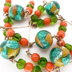 Vintage Art Deco Bohemian Lava Glass Green Foil Coral Bead Necklace