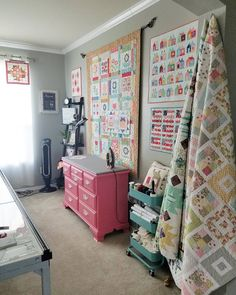 """507 Likes, 33 Comments - Carrie (@redvelvet_quilts) on Instagram: """"when you run out of wall space to hang quilts you can always attach a triangle of fabric behind…"""""""