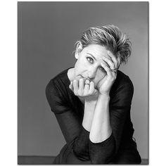 Mary Ellen Mark - Gallery - Portfolio - Celebrities - 228O-026-022 - Ellen Degeneres