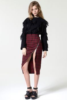 Slit Up Plaid Skirt - Skirts - Bottoms - Clothing Discover the latest fashion trends online at storets.com