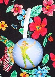 #21 Hallmark Disney Countdown to Christmas Fillable Tin Ornament Peter Pan