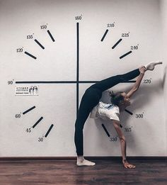 flexibility dance What is your number :) Flexibility Dance, Gymnastics Flexibility, Gymnastics Poses, Acrobatic Gymnastics, Gymnastics Photography, Gymnastics Workout, Dance Photography, Flips Gymnastics, Rhythmic Gymnastics Training
