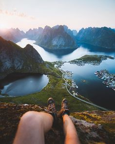 🌎 Tick this place to your bucket list. Lofoten, Destinations, Le Shop, Aesthetic Pictures, Norway, Images, Bucket, Hiking, River