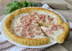 Tart rice or fritatta with sausage and stracchino Love Eat, I Love Food, Good Food, Antipasto, Mozzarella, Great Recipes, Favorite Recipes, Quiches, Italian Recipes