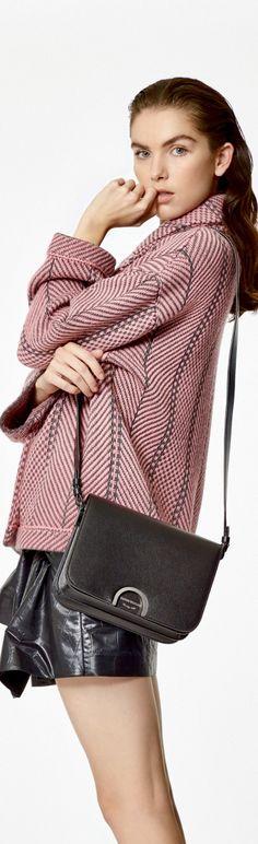 Teen Fashion, Woman Fashion, Autumn, Fall, Giorgio Armani, Shoulder Bag, How To Wear, Chic, Book