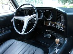 1969 Pontiac Grand Prix SJ, interior. Old School Muscle Cars, Pontiac Grand Prix, Car Interiors, Buick, Cadillac, Cars And Motorcycles, Cool Cars, Bodies, Chevrolet