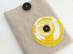 Pouch / Passport Cover / Passport Case / Yellow Blossom € 10,87