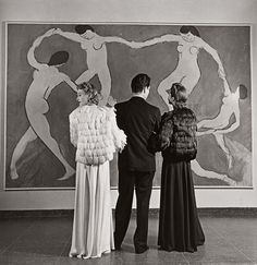 The Work of Louise Dahl-Wolfe - Looking at Matisse ! Museum of Modern Art. 1939…