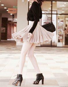 #asianfashion #fashion #kfashion #ruffledskirt #kstyle #seoulstyle