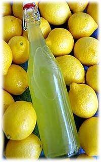 limonchello на водке ( для меня рецепт с добавлением сока лимона)