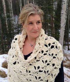 The September Poncho Crochet Pattern DIY Bolero por Stolenhook