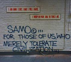 Esta prática (marcar vários  locais da cidade com o seu nome) começou no início de 1980 com artistas como Jean-Michel Basquiat, que começou por marcar locais com sua assinatura SAMO (same old shit/a mesma merda).
