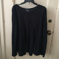 Black anthropologie top NWOT never been worn. Very cute and comfy just have too many shirts like it already! Anthropologie Tops Tees - Long Sleeve