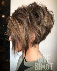 New Bob Haircuts 2019 & Bob Hairstyles 25 Bob Hair Trends for Women - Hairstyles Trends Short Layered Bob Haircuts, Short Shag Hairstyles, Short Hair Cuts, A Line Haircut Short, Pixie Bob Haircut, Inverted Bob Hairstyles, Short Brunette Hairstyles, Short Inverted Bob, Inverted Bob With Layers