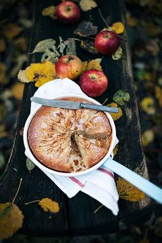 Apple cake with cinnamon sugar