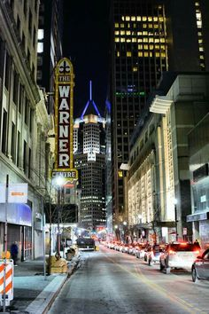 Fifth Avenue, Pittsburgh PA … Best Places To Live, Great Places, Places To Visit, Pittsburgh City, University Of Pittsburgh, The 'burbs, Night City, Great Memories, Best Cities