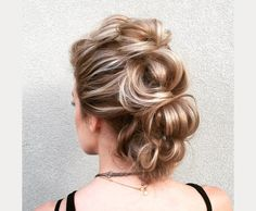 love this soft faux hawk updo