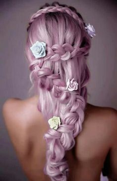 Dye your hair simple & easy to champagne pink hair color - temporarily use coral pink hair dye to achieve brilliant results! DIY your hair salmon pink with hair chalk Wedding Hairstyles For Long Hair, Pretty Hairstyles, Hair Wedding, Bridal Hairstyles, Homecoming Hairstyles, Amazing Hairstyles, Pink Hairstyles, Ladies Hairstyles, Hairstyle Wedding