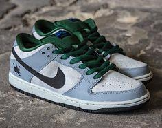 Discontinued Nike Air Max 90 Essential Trainer Khaki