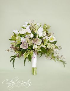 Love this beautiful bouquet featuring hellebores. Niagara Flowers | Cathy Martin Flowers |winter wedding flowers