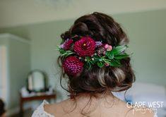 Hair flowers with Dahlia