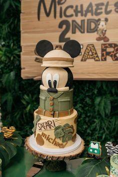 Mickey Birthday Cakes, Safari Birthday Cakes, Mickey Mouse First Birthday, Baby Boy 1st Birthday Party, Mickey Cakes, Mickey Party, Jungle Safari Cake, Safari Cakes, Safari Theme Party