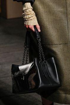 Bottega Veneta Spring/Summer 2017 Ready To Wear Details | British Vogue