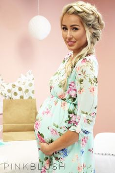 Find your perfect Baby Shower outfit at PinkBlush. Offering a wide selection in stylish maternity clothes for the modern mother, you will find the perfect look to fit your lifestyle. - Click the image to see more baby shower inspiration
