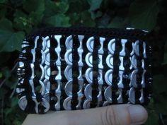 Monedero anillas de latas de refresco