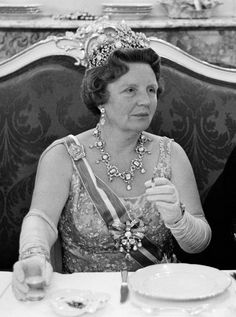 Juliana, Queen Regnant of the Netherlands in 1967 wearing the Stuart parure, also known as the House diamonds.