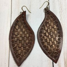 Basket weave hand stamped leather earrings-feather shape
