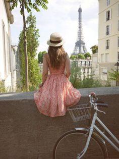 Hello It's Valentine Bike Bicycle vintage Paris Tour Eiffel Paris 3, Paris Summer, I Love Paris, Paris Girl, Beautiful Paris, Romantic Paris, Pink Paris, Summer 3, Paris Street