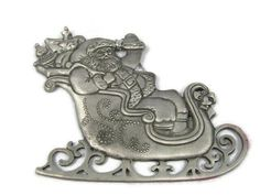 St Nicholas Sleigh Ride 1995 Avon Pewter Holiday Christmas Ornament 00150 Measurement: 2 h x w Condition: Pre-owned, in great condition. Hallmark Keepsake Ornaments, Holiday Ornaments, Saint Nicholas, Avon, Pewter, Christmas Holidays, Saints, Lion Sculpture, Statue