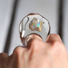 Clear Resin Ring with Australian Opal Resin Ring Resin Cute Earrings, Beaded Earrings, Earrings Handmade, Beaded Jewelry, Cute Jewelry, Jewelry Accessories, Jewelry Design, Plastic Jewelry, Resin Jewelry