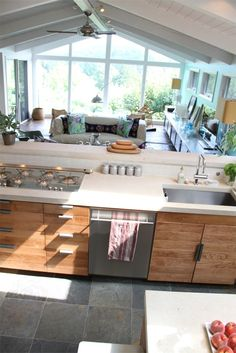 kitchen looking into family room | par amy butler design