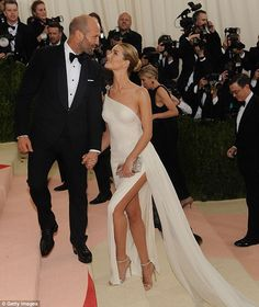 See the Cutest Couples at the Met Gala Rosie Huntington-Whiteley + Jason Statham - The couple's rep confirmed the news to People magazine after Huntington-Whiteley walked the annual Golden Globes red carpet on Sunday, Jan. Rosie Huntington Whiteley, Rosie And Jason, Jason Statham And Rosie, Celebrity Couples, Celebrity Style, Celebrity Dresses, Celebrity Weddings, Model Tips, Crochet Baby Dresses