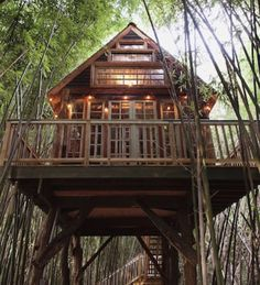 I'm addicted to .Airbnb Have you seen this cool tree house in #Atlanta  check it out here —> www.airbnb.com/c/cblacher?s=41&ref_device_id=ccc2d442c03ce750c6276318b7fbeff1906cfb3c&user_id=11773901&_branch_match_id=483320382681664121&utm_content=buffera45f2&utm_medium=social&utm_source=pinterest.com&utm_campaign=buffer and save $40 if you book this, or any other Airbnb! Adding it to my #airbnb bucket list!  _ #travel #TravelTuesday #travelblogger #travelblog #TravelSkills