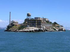 Google Image Result for http://www.castlemania.han.ks.ua/Alcatraz_Island.jpg
