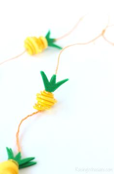 Pineapple Necklace Kids Craft #Moana