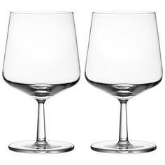 iittala Essence Beer Glasses (Set of Fine beers now have glassware with the elegance and precision they deserve. The iittala Essence Beer Glass was carefully crafted to maintain head and stimulate complex flavors, while showcasing the col. Beer Glass Set, Wine Glass, Personalized Beer Glasses, Different Types Of Beer, Dining Room Bar, Garden Shop, Timeless Beauty, Simple Designs, Tableware