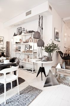 Lotta Agaton's shop in central Stockholm, looks like I would find one or two things to my liking