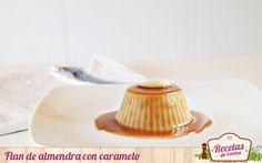 Flan de almendras con salsa de caramelo -  Comenzamos el fin de semana preparando un flan, pero no uno cualquiera. Este flan de almendras y salsa de caramelo no lleva huevos ni leche, lo que permite que muchas personas intolerantes a dichos productos puedan disfrutarlo. Una estupenda propuesta para probar nuevos sabores, ¿no creéis? El f... - http://www.lasrecetascocina.com/flan-de-almendras-con-caramelo/
