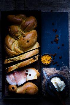 Raisin & Curry Brioche with Honey Butter & Ham | Somewhere over the Kitchen