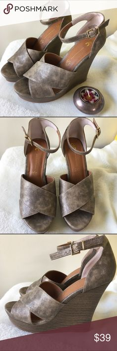 """Born in California soft metallic wedge heels Brand new shoes from Born in California. Soft vegan leather with metallic finish. The platform is about 1.5"""" and the heel is 4"""" (almost 5.5"""" total height. Born in California Shoes Wedges"""